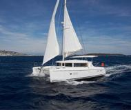 Catamaran Lagoon 420 for rent in Thira