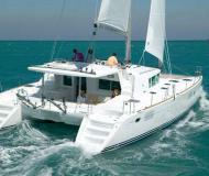 Cat Lagoon 440 for charter in Marina di Portorosa