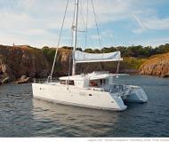 Cat Lagoon 450 for charter in Marina di Portisco