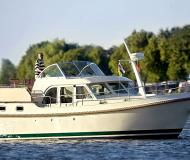 Motor boat Grand Sturdy 29.9 AC for charter in Citymarina Stralsund