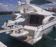 Motor boat Ferretti 46 Fly for rent in Marina Baska Voda