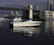 Motor yacht Hourston Glasscraft 16 for hire in Vancouver