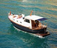 Motorboot Menorquin 120 Yachtcharter in Marine Betina