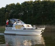 Houseboat Skiron 35 for charter in Marina Lenzer Harbour