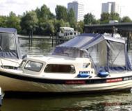 Swiss Pilotina 580 Motorboot Charter Deutschland