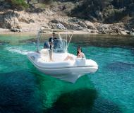 Motor boat Tempest 650 for hire in Saint Cyprien