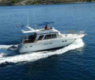 Yacht Yaretti 1570 Heck for rent in Marina Kremik