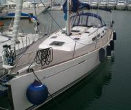 Yacht Dufour 425 Grand Large available for charter in Marina di Salivoli