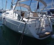 Yacht Elan 344 Impression chartern in Marina Punat