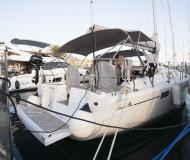 Yacht Hanse 385 chartern in Tivat Marina