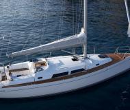 Hanse 400 Segelyacht Charter Amalfi