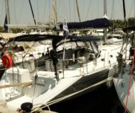 Sailing yacht Harmony 52 for hire in Zaton