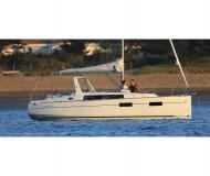 Segelyacht Oceanis 35 Yachtcharter in Bocca di Magra