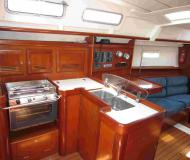 Segelyacht Oceanis 373 chartern in Marigot Bay Marina