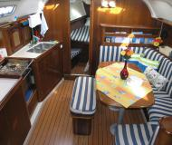 Yacht Oceanis 381 for charter in Gouvia