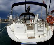 Sailing yacht Oceanis 40 for rent in S Arenal