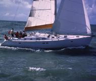 Segelyacht Oceanis 473 Clipper Yachtcharter in Genoa Hafen