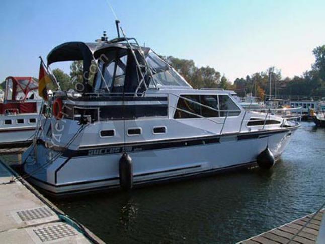 Succes 108 - Houseboat Rentals Waren (Germany)