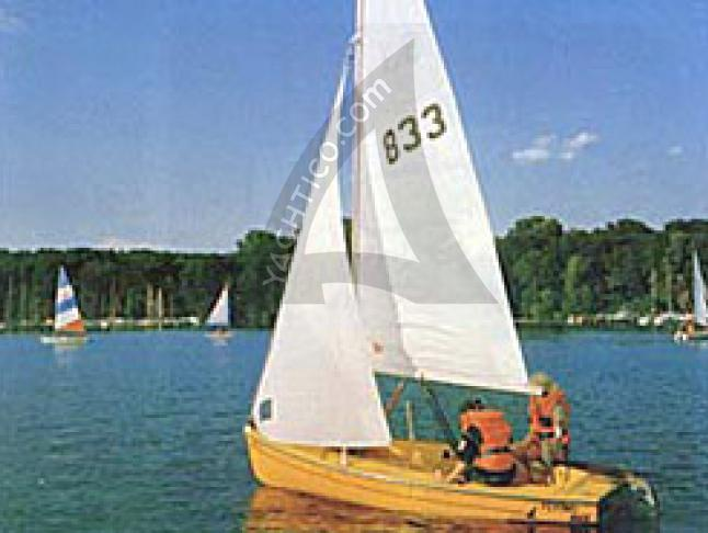 Flying Bee Sailboat Charters Germany