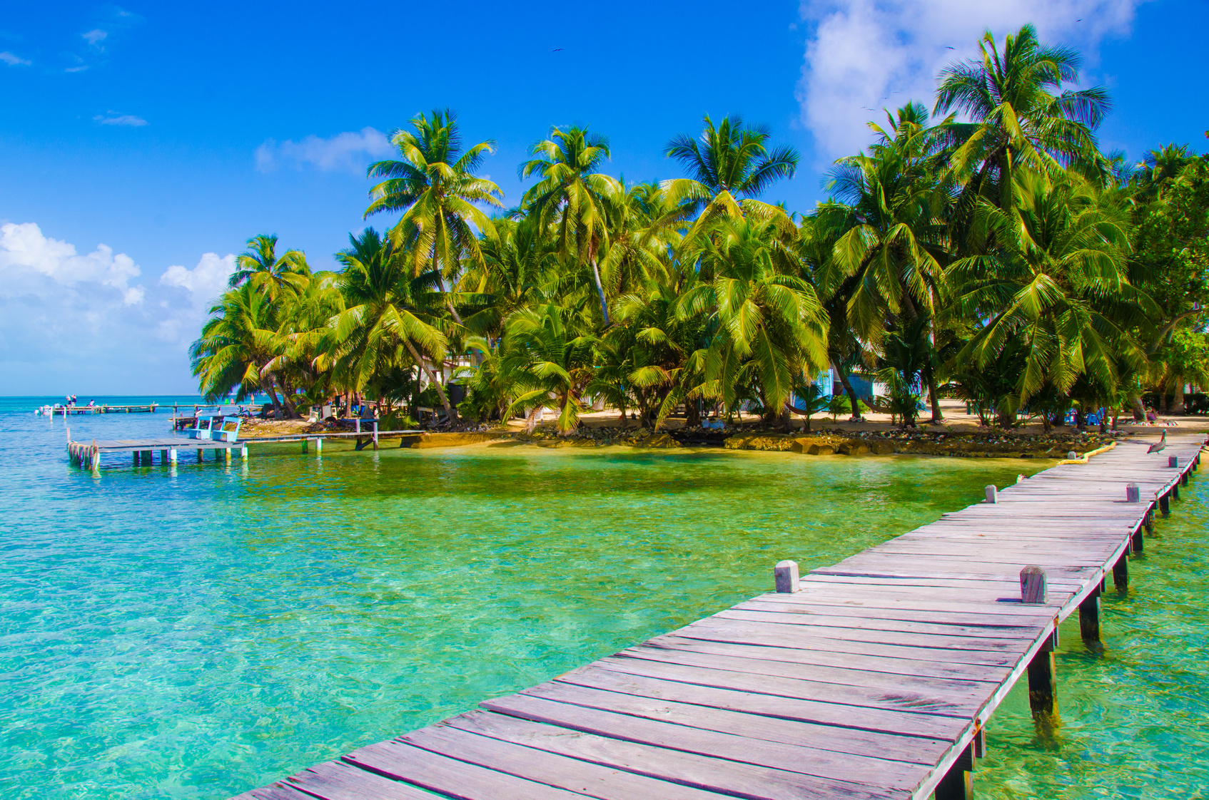 Sailing Holiday In Belize Yacht Vacation Belize