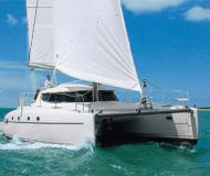 Catamaran Bahia 46 for rent in Murter