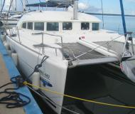 Catamaran Lagoon 380 for hire in Marina Cienfuegos