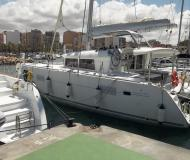 Catamaran Lagoon 400 available for charter in Marina Joyeria Relojeria