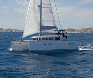 Cat Lagoon 400 available for charter in Marina di Portisco