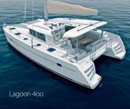 Kat Lagoon 400 chartern in Puerto Del Rey Marina