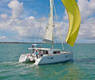 Catamaran Lagoon 400 for hire in Marina Mandalina