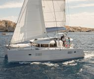 Catamaran Lagoon 400 S2 available for charter in Marina Porto Colom