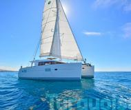 Kat Lagoon 400 S2 Yachtcharter in Lavrio
