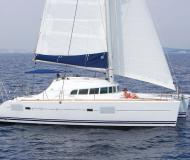 Cat Lagoon 410 available for charter in Ponza LT