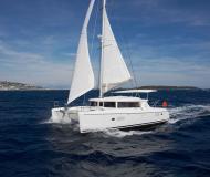 Katamaran Lagoon 420 chartern in Lavrio