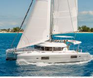 Cat Lagoon 420 for charter in Fajardo