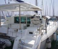 Cat Lagoon 420 for charter in Alimos Marina Kalamaki