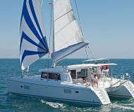 Catamaran Lagoon 421 for charter in French Cul de Sac