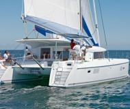 Cat Lagoon 421 available for charter in Maya Cove
