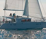 Cat Lagoon 450 for hire in Cala d Or