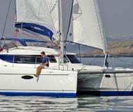 Kat Lavezzi 40 Yachtcharter in Taalintehdas