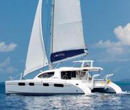 Catamaran Leopard 46 for hire in Procida Marina