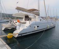 Kat Lipari 41 chartern in Trogir