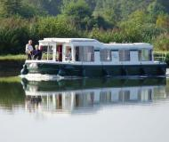 Houseboat Eau Claire 1130 R for hire in Lagarde