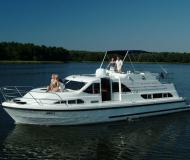 Houseboat Europa 400 for charter in Marina Fuerstenberg