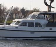 Houseboat Grand Sturdy 40.9 AC for charter in Marina Zehdenick