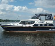 Houseboat Hollandia 40 Classic for hire in Marina Bootscenter Keser