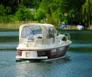 Houseboat Navigator 999 available for charter in Waren