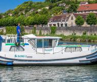 Houseboat Penichette 1020 for charter in Marina Morin