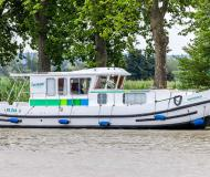Houseboat Penichette 1120 for hire in Lutzelbourg