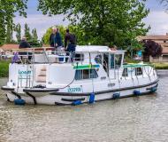 Houseboat Penichette 1180 for hire in Saint Martin sur Oust